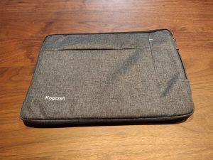 KogzzenスリーブケースとLaptop3